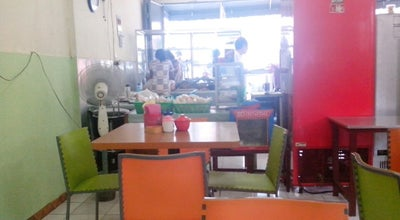 Photo of Asian Restaurant Rumah makan Cie Anyoh at Jalan Raya Cibinong, Cibinong, Indonesia