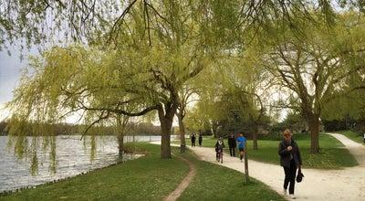 Photo of Lake Lac de la Bergonnerie at Lac De La Bergonnerie, Tours 37000, France