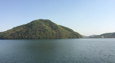 Photo of Lake 반월호수 at 둔대동, 군포시, South Korea