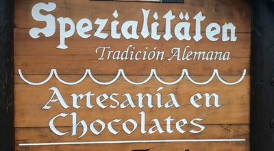 Photo of Ice Cream Shop Spezialitaten at Clemente Holzapfel 430, Pucón, Chile