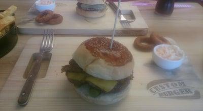 Photo of Burger Joint Custom Burger at Selmanipak Cad. No 12/2, İstanbul, Turkey