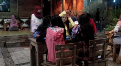 Photo of Cafe Susu Segar Moo at Depan Makam Randu Kuning, Indonesia