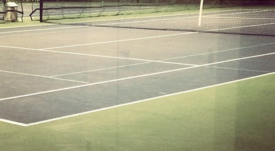 Photo of Tennis Court Shippan Racquet Club at 45 Harbor Dr, Stamford, CT 06902, United States