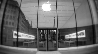 Photo of Electronics Store Apple Düsseldorf at Königsallee 2, Düsseldorf 40212, Germany