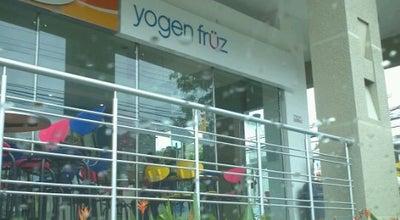 Photo of Ice Cream Shop Yoguen Früz - Buque at Colombia