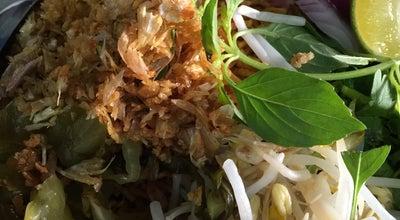 Photo of Vegetarian / Vegan Restaurant มังสวิรัติ เจสวนดอก Suan Dok Vegetarian at Suthep Rd, Su Thep 50200, Thailand