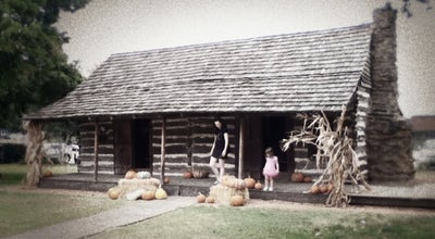 Photo of Historic Site Torian Log Cabin at Grapevine, TX 76051, United States