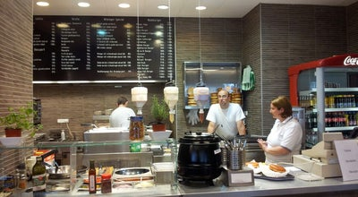 Photo of Fast Food Restaurant Wikinger Bisztró at Móricz Zsigmond Körtér 4., Budapest 1114, Hungary