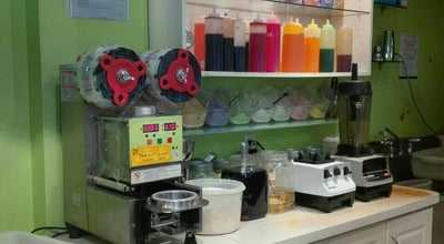Photo of Juice Bar CL Tea House at 105 Mccaul St, Toronto, ON, Canada