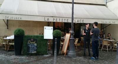 Photo of French Restaurant La Petite Place at 16 Rue Du Parc Royal, Paris 75004, France