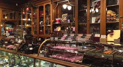 Photo of Candy Store Rogers' Chocolates at 913 Government St., Victoria, BC V8W 1X5, Canada