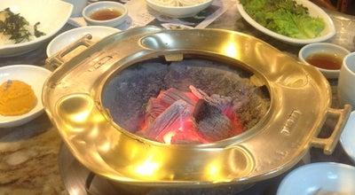 Photo of Korean Restaurant 삼원가든 (Samwon Garden) at 강남구 언주로 835, 서울특별시 135-895, South Korea