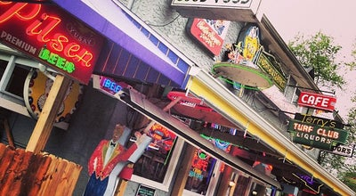 Photo of Burger Joint Terry's Turf Club at 4618 Eastern Ave, Cincinnati, OH 45226, United States