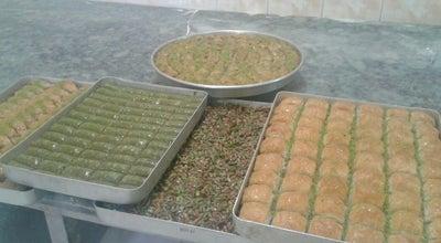 Photo of Dessert Shop Altın dilim baklava at Edremit Meydan, Turkey