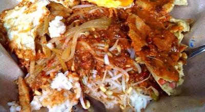 Photo of Vegetarian / Vegan Restaurant Nasi Pecel Cak Awie at Jl. Danau Kerinci Raya, Malang, Indonesia
