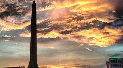 Photo of Monument / Landmark อนุสาวรีย์ชัยสมรภูมิ (Victory Monument) at Ratchawithi Rd & Din Daeng Rd, Ratchathewi 10400, Thailand