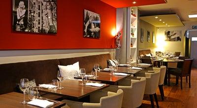 Photo of French Restaurant Sens Uniques at 44 Rue Damrémont, Paris 75018, France