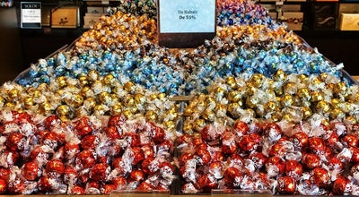Photo of Candy Store Lindt Outlet Boutique at 2360 Autoroute Chomedey (aut 13), Laval, QC H7X 4G8, Canada