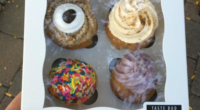 Photo of Cupcake Shop NoRa Cupcake Co. at 103 Memorial Rd, West Hartford, CT 06107, United States