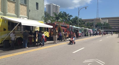 Photo of Food Truck Food Truck Fridays at 458 Ocean Dr, Miami, FL 33132, United States