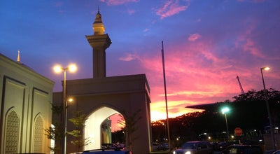 Photo of Mosque Masjid Tengku Ampuan Jemaah at Bukit Jelutong, Shah Alam 40150, Malaysia