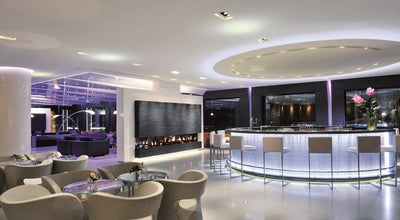 Photo of Hotel Bar Glow at Quai Wilson 47, Geneva 1211, Switzerland