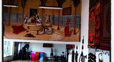 Photo of Dance Studio Escuela Oficial De Danzas Arabes at Providencia 845, Mexico