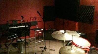 Photo of Music Venue Sunnyside Studios at Sinanpaşa Mah. Ihlamurdere Cad. Alaybeyi Sok. No: 11 Kat: 4, İstanbul 34354, Turkey
