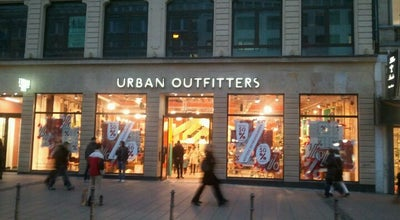 Photo of Clothing Store Urban Outfitters at Roßmarkt 13, Frankfurt am Main 60311, Germany