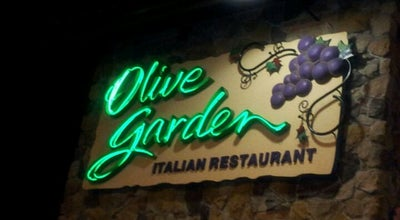 Photo of Italian Restaurant Olive Garden at 3803 9th St Sw, Puyallup, WA 98373, United States