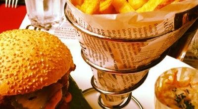 Photo of American Restaurant QG Boulogne at 7 Rue De L Eglise, Boulogne-Billancourt 92100, France