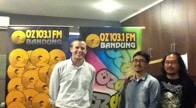 Photo of Radio Station OZ Radio Bandung 103,1 FM at Jl. Setrasari Ii No. 14, Bandung, Indonesia