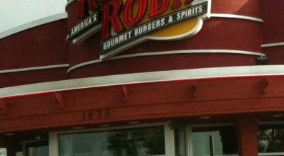 Photo of Burger Joint Red Robin Gourmet Burgers at 1635 Stringtown Rd, Grove City, OH 43123, United States