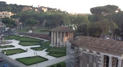 Photo of Mediterranean Restaurant Circus at Via Luigi Petroselli, 47, Roma 00186, Italy