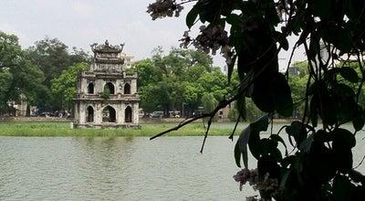 Photo of Lake Hồ Hoàn Kiếm (Hoan Kiem Lake) at Đinh Tiên Hoàng, Hoàn Kiếm, Vietnam