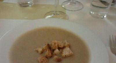 Photo of Vegetarian / Vegan Restaurant La Riera at Regent Mendieta, 15, Barcelona 08028, Spain
