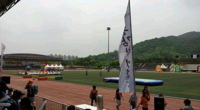 Photo of Park 관문체육공원 at 북구 매천로18길 34, 과천시, South Korea