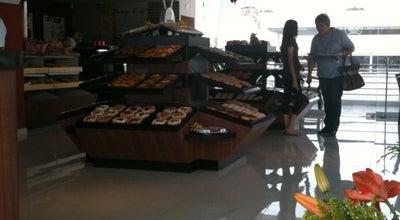 Photo of Bakery El Globo at Av. Adolf B. Horn, Tlaquepaque, Toluquilla, Mexico