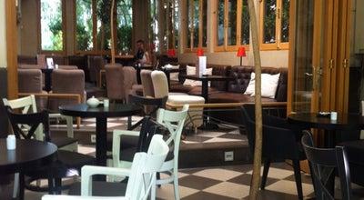 Photo of Cafe Amandi at Πράσινου Λόφου 4, Ηράκλειο, Αθήνα, Αττική 141 21, Greece