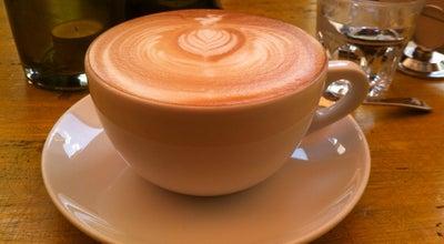Photo of Cafe Café Henrici at Niederdorfstr. 1, Zürich 8001, Switzerland