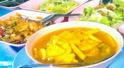 Photo of Asian Restaurant ข้าวต้มเจ๊น้อย at Rames Rd, Mueang Phatthalung, Thailand