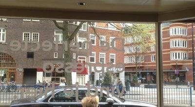 Photo of Coffee Shop Starbucks at Beethovenstraat 36-38, Amsterdam 1077 JH, Netherlands
