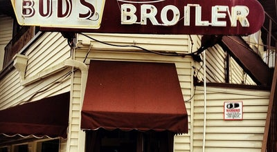 Photo of Burger Joint Bud's Broiler at 500 City Park Ave, New Orleans, LA 70119, United States