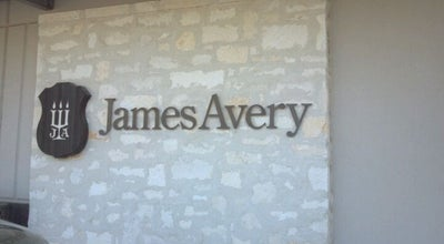 Photo of Jewelry Store James Avery Jewelry at 3166 S.e. Military Drive #105, San Antonio, TX 78223, United States