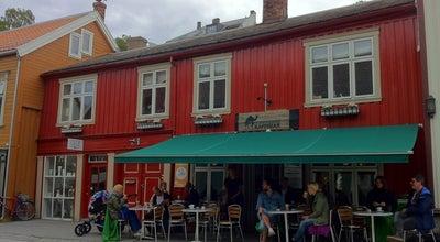 Photo of Coffee Shop Dromedar Kaffebar at Nedre Bakklandet 3, Trondheim 7014, Norway