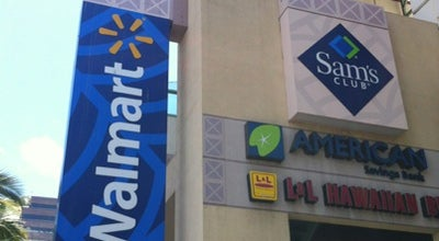 Photo of Discount Store Walmart at 700 Keeaumoku St, Honolulu, HI 96814, United States