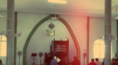 Photo of Mosque Masjid Darul Ittihaad (Masjid Simpang Tiga) at Jalan Simpang Tiga, Kuching 93300, Malaysia