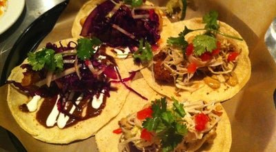 Photo of Taco Place La Carnita at 501 College St, Toronto, ON M6G 1A5, Canada