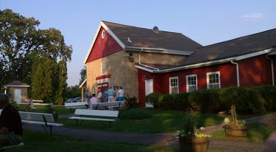 Photo of American Restaurant Quivey's Grove Stable Grill at 6261 Nesbitt Rd, Fitchburg, WI 53719, United States