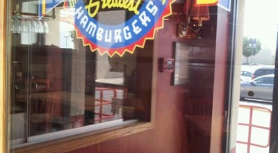 Photo of Burger Joint Fuddruckers at 1592 Rockville Pike, Rockville, MD 20852, United States